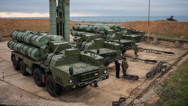 Дивизион с 400 – «два полка ЗРС С-400» — это сколько штук? Два комплекса С-400? Сколько комплексов в полку?